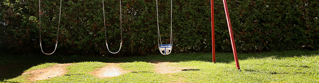AZ playground Safety-swingset